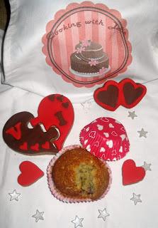 Muffin ai mirtilli rossi e cioccolato bianco