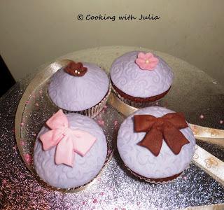 Chic cupcakes…auguri Chiara!