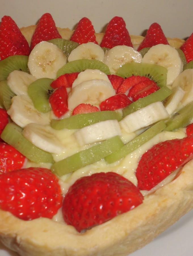 Crostata di frutta…auguri donne!