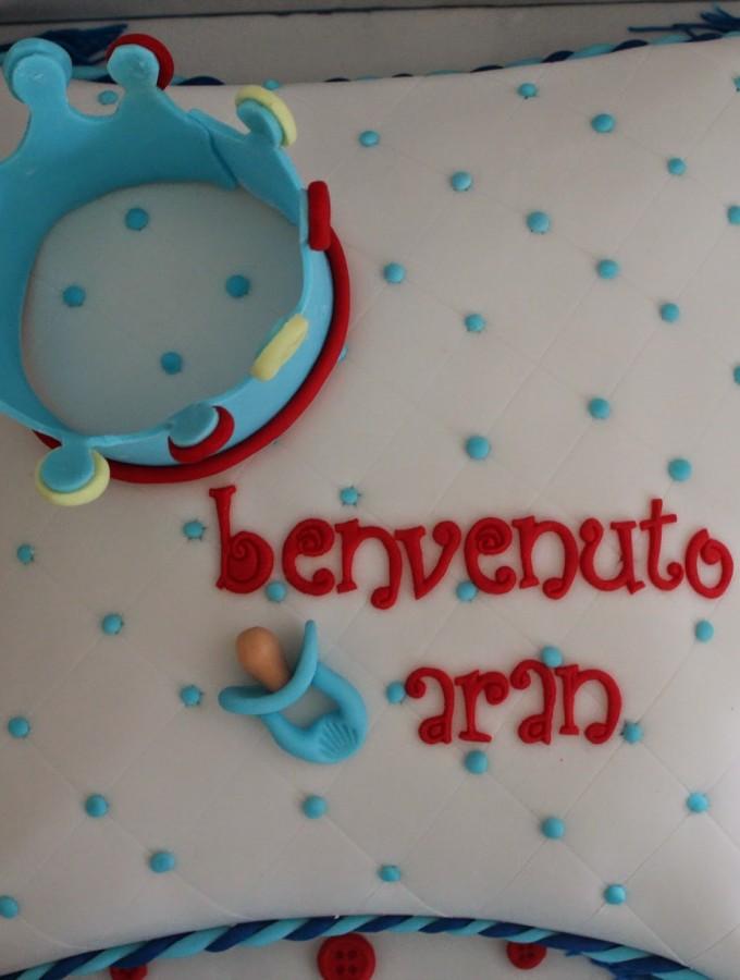 Pillow Cake – Una torta a cuscino per il battesimo di Aran