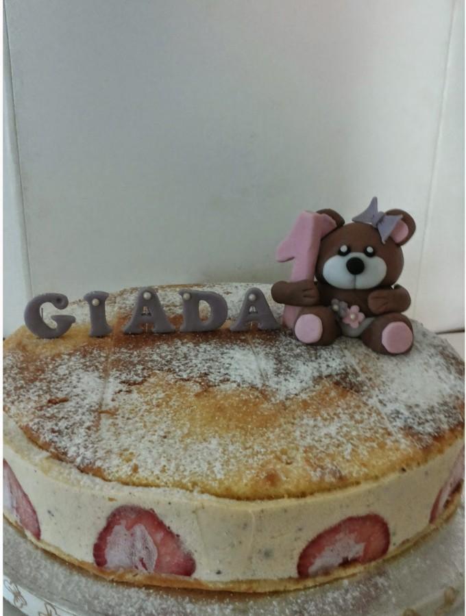 Semifreddo decorato alla vaniglia con gocce di cioccolato – Auguri Giada!