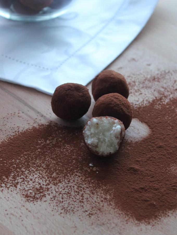Palline al cocco e cacao