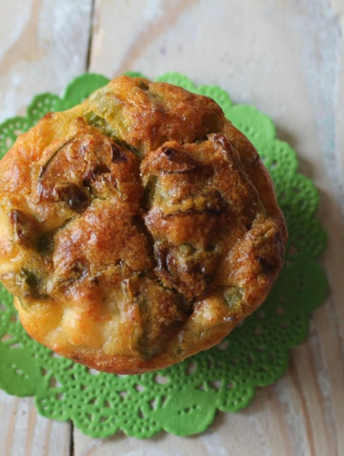 Muffin con peperoni friggitelli e feta