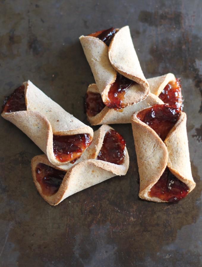 Fagottini di frolla con marmellata di brugnolette #ricettavegana