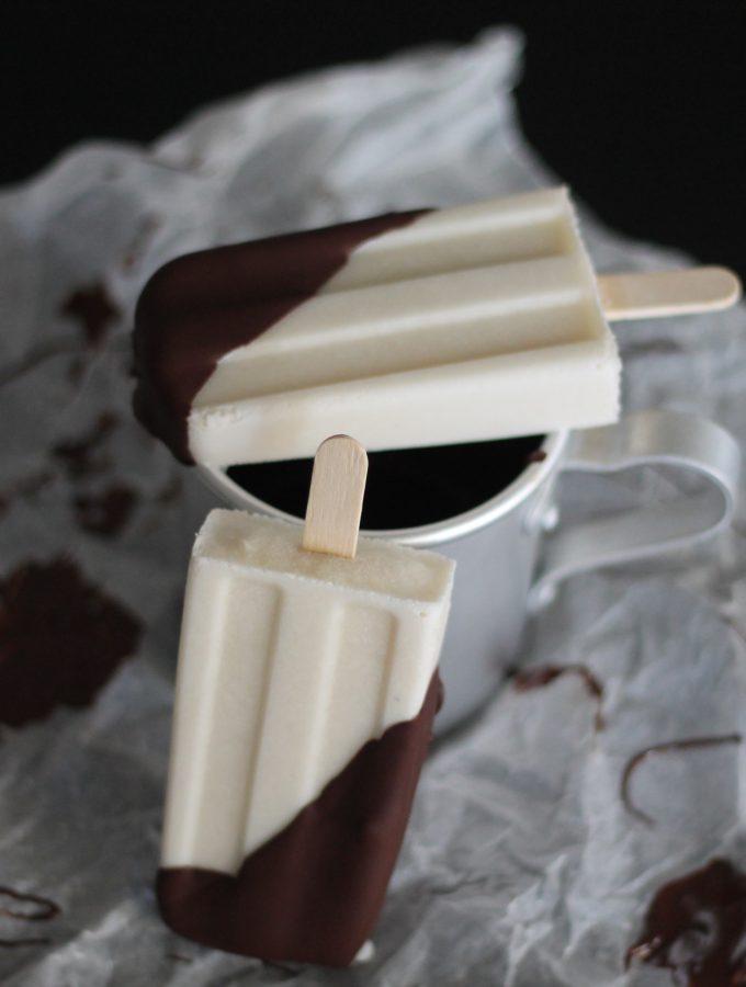 Ghiacciolo al latte di mandorla e cioccolato