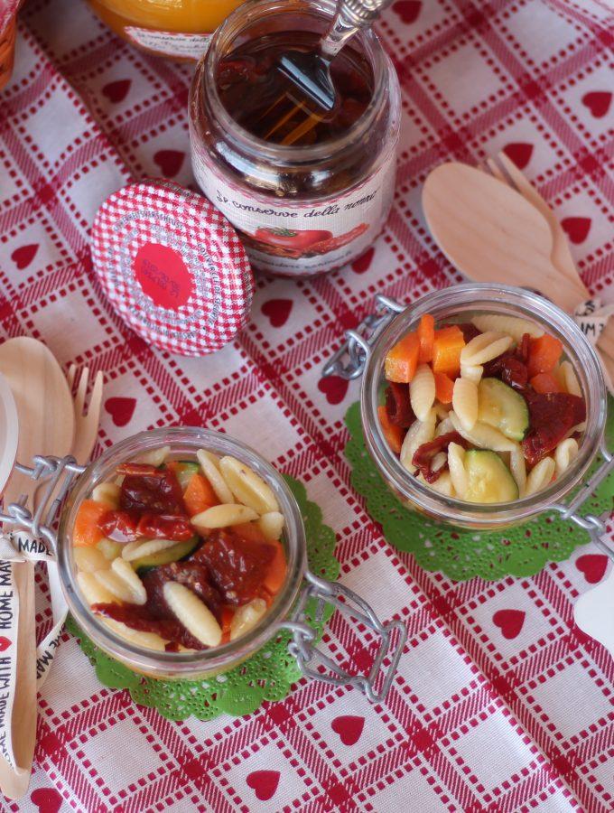 Malloreddus con verdure e pomodorini secchi – Ricetta in vasetto