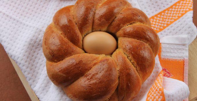 Ciambelle di pane pasquale