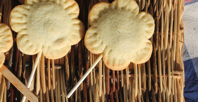 Biscotti ripieni sullo stecco