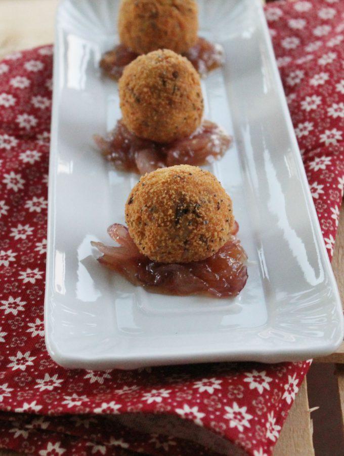 Crocchette di palamita e anice verde su cipolle caramellate – contest #unmaredimarche