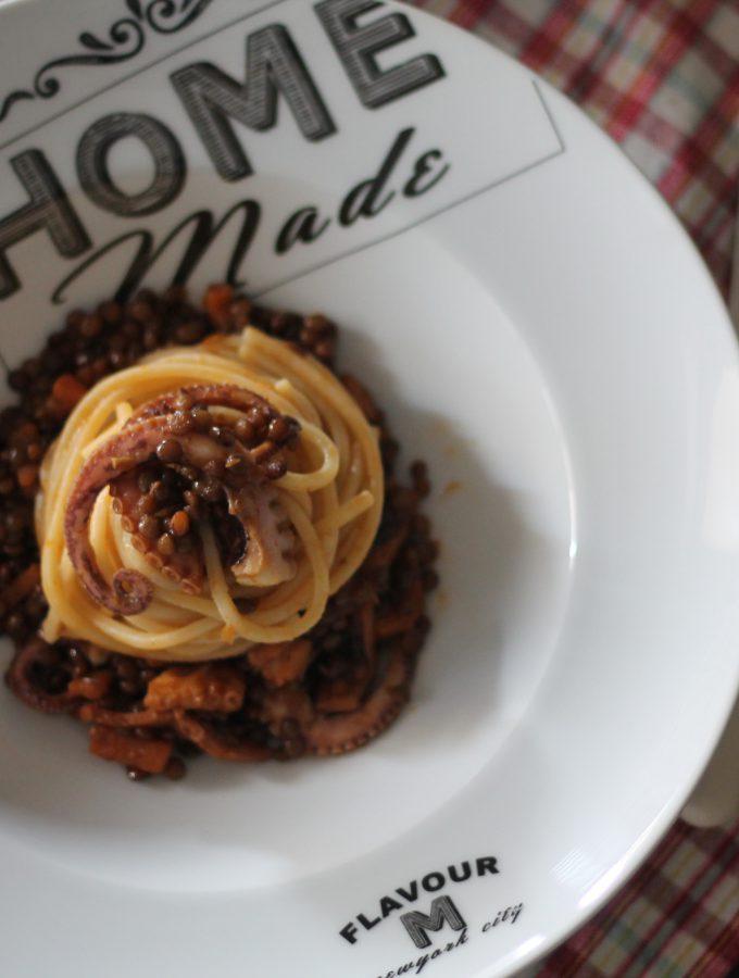 Stringhette con lenticchie moscardini e zafferano – contest #unmaredimarche
