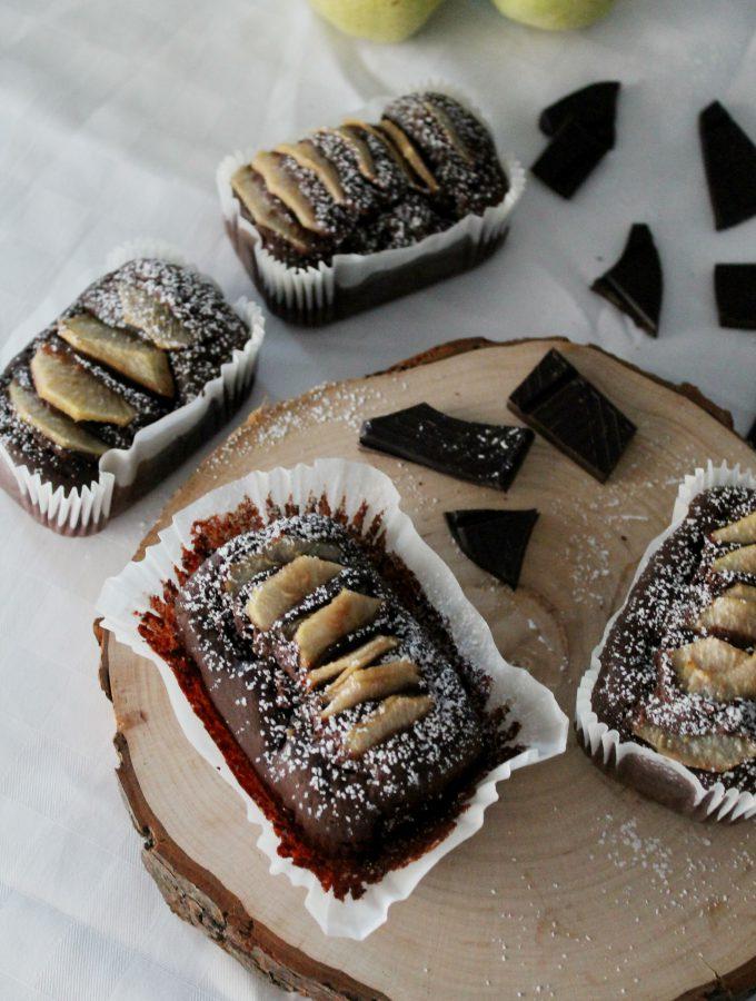 Plumcake al cioccolato e pere – senza uova e burro