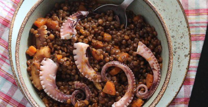 Insalata tiepida di lenticchie e moscardini