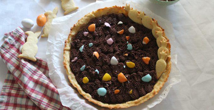 Crostata con ganache al cioccolato fondente e ovetti di Pasqua